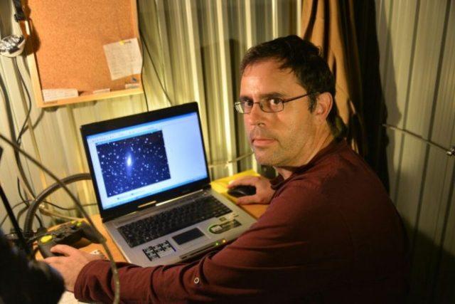 Jesús Valero, el astrónomo aficionado que llevó a Ponferrada al cielo. / QUINITO