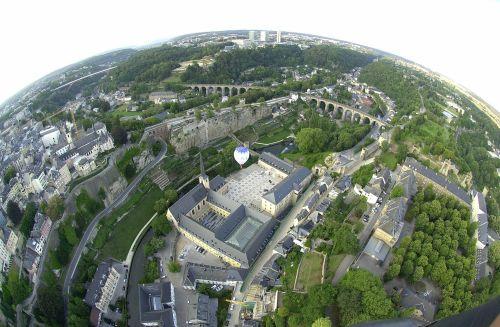 ciudadverde - Lo natural en el modelo urbano: paradojas y soluciones. Por Enric Trenchs