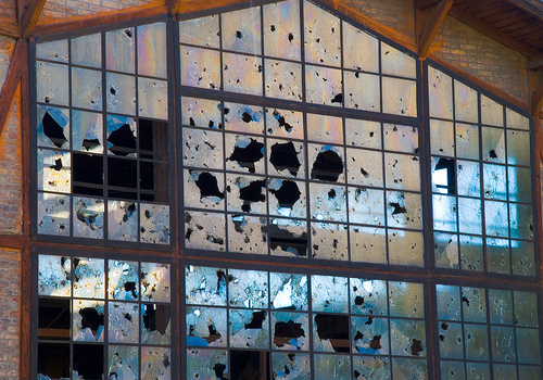 ventanas rotas - La teoría de las ventanas rotas aplicada a la situación actual y cómo superarla