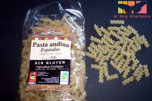 pasta arroz1 - Pasta de arroz y quinoa con salsa pesto