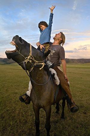 el-nino-de-los-caballos