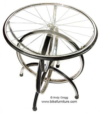 mesa bici - Muebles con bicicletas recicladas