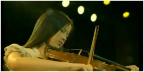 """pantene - """"TÚ PUEDES BRILLAR"""": el anuncio de Pantene y el poder de la música"""