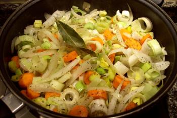 escabeche cazuela - Escabeche de naranja, zanahorias y puerros con arroz y guarnición