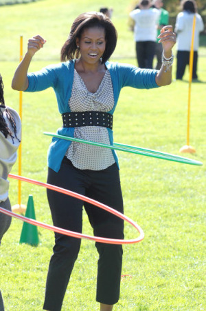 michelle-obama-hula-hoop
