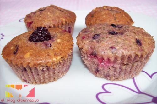 muffins-frutos-rojos y avellanas