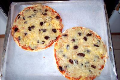 pizza2 - pizza de cebollas y pasas