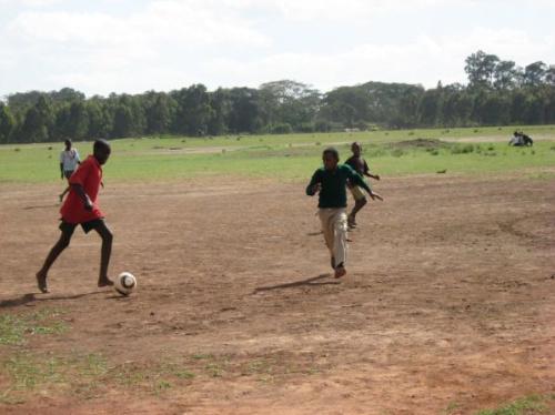 soccket jugando al futbol