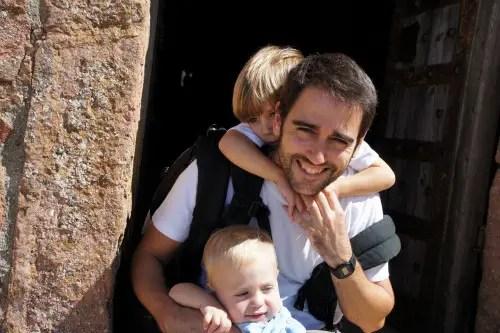 armando2b - PADRES Y CRIANZA: entrevistamos a Armando Bastida, padre, enfermero de pediatría y bloguero