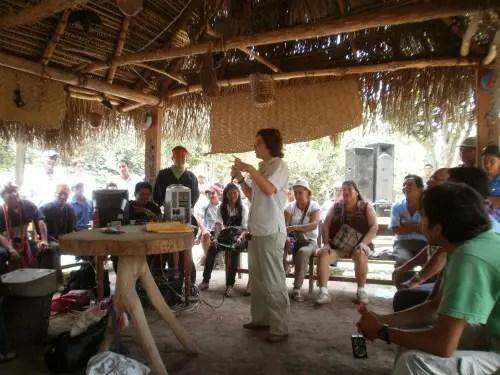 asamblea - Crónica de mi viaje a Perú: una nativa indígena más (3/6)