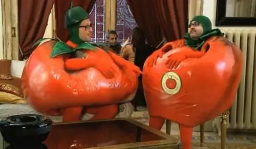 Dos tomates y dos destinos - Dos tomates y dos destinos