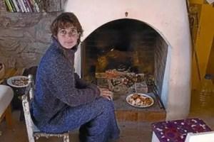 """esther montmany - """"No pago alquiler ni facturas y lo poco que tengo es sagrado"""". La historia de una mujer que ha simplificado su vida para poder ser más libre y acompañar a sus hijos"""