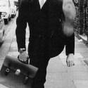 ministry of silly walks - Algunos MINISTERIOS DE ANDARES TONTOS de los Monty Python, y otros de andar por casa