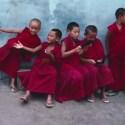 ninos monjes1 - Todos los niños del mundo son iguales