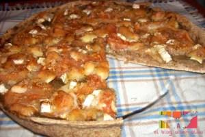 pizza portada - Receta de pizza integral de berenjena, tomate y queso de cabra