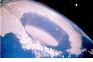 tierra hueca polo norte1 - LA TIERRA HUECA: aperturas solares, dos nuevos continentes y civilización intraterrena