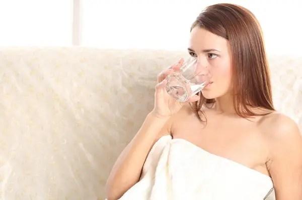 beber agua del grifo - Agua envasada y agua del grifo. Los viernes de Ecología Cotidiana