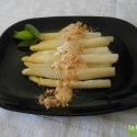 esparragos - Espárragos frescos con mayonesa de pera y avellanas y 4 recetas más en La Cocina Alternativa