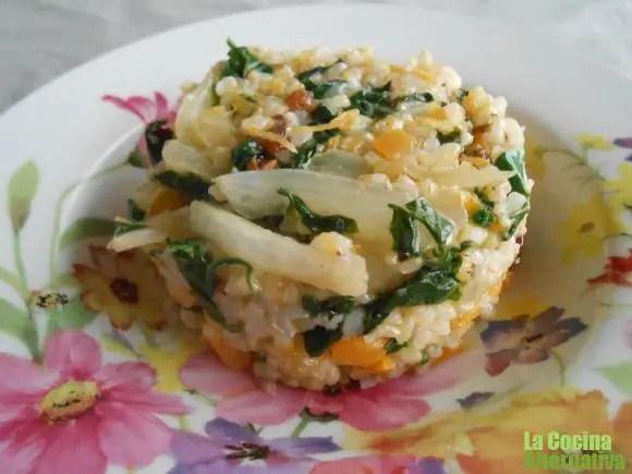 arroz integral - Zumo de uva negra y hojas de remolacha y 4 recetas más de La Cocina Alternativa