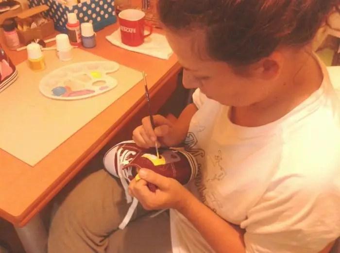 lokel moonera pintando