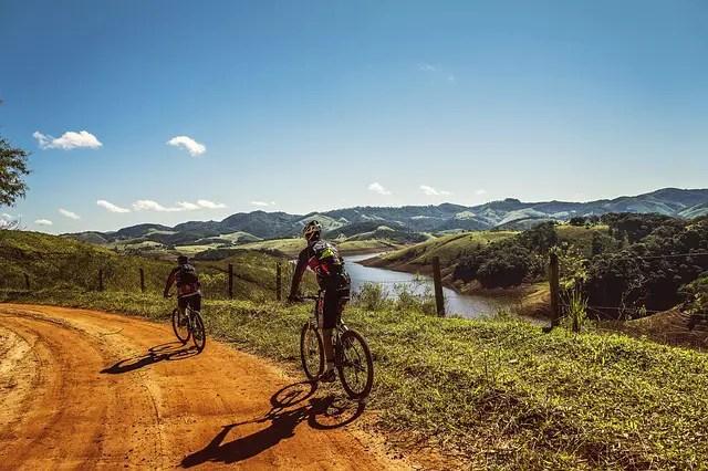 ciclistas - Verano ¿tiempo de adelgazar?