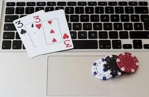 poker - Internet se apodera del ocio