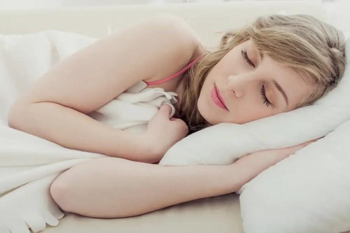 sueño reparador - ¿Te sientes cansado constantemente? Conoce 10 consejos saludables para combatir la fatiga de forma natural