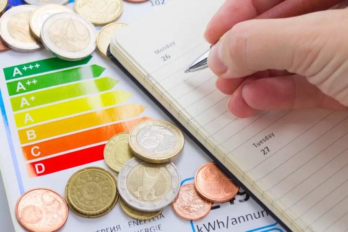 ahorrar energía - Consejos para ahorrar en la factura energética de la comunidad de vecinos