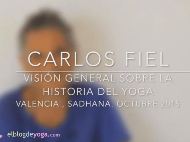 Imagen de Carlos Fiel en video sobre historia del yoga