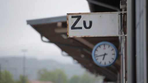 ZDFzoom <br> Auf dem Abstellgleis. Die Bahn in der Krise.
