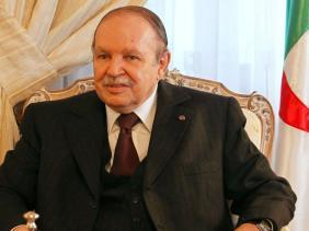 """اخبار محلية .. الرئيس بوتفليقة  أمن الجزائر يتطلب """"الوحدة و العمل و التوافق الوطني"""""""