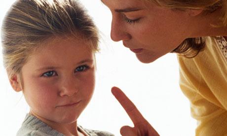 الاسرة والطفل .. أطفالنا.. بين التربية بالقول والتربية بالقدوة