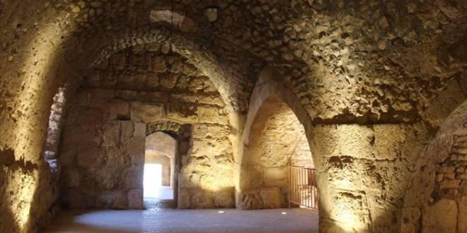 """تاريخ وحضارة .. قلعة """"عجلون"""".. العمارة الإسلامية """"تتحصن"""" في الأردن"""