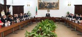 بيان مجلس الوزراء برئاسة عبد المجيد تبون جول مشروع التعديل الدستوري