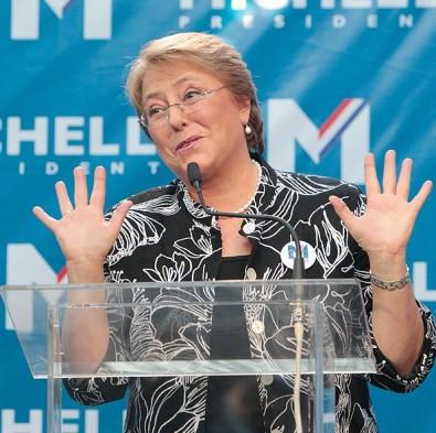 [VIDEO] Líderes de la «Jota» llaman a votar por Bachelet