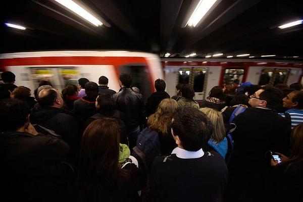 Nuevo suicidio esta mañana en Metro de Santiago