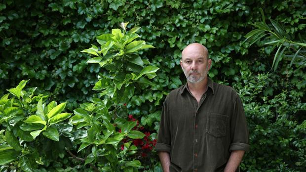 Sergio Bizzio, escritor argentino: «En cada idea parece haber una fuerza que decide su dirección»