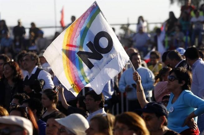 Académico de U. Adolfo Ibáñez aseguró que en plebiscito del NO hubo gente que «votó cuatro veces»