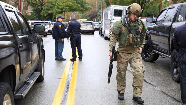 8 muertos y 12 heridos deja tiroteo en una sinagoga de Estados Unidos