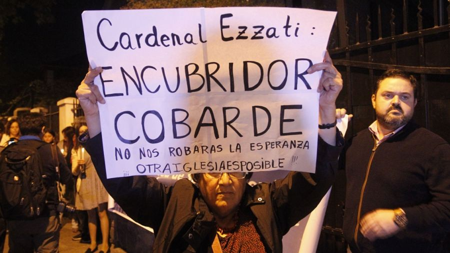 Se va Ezzati: Papa Francisco aceptó su renuncia y nombra a un reemplazante