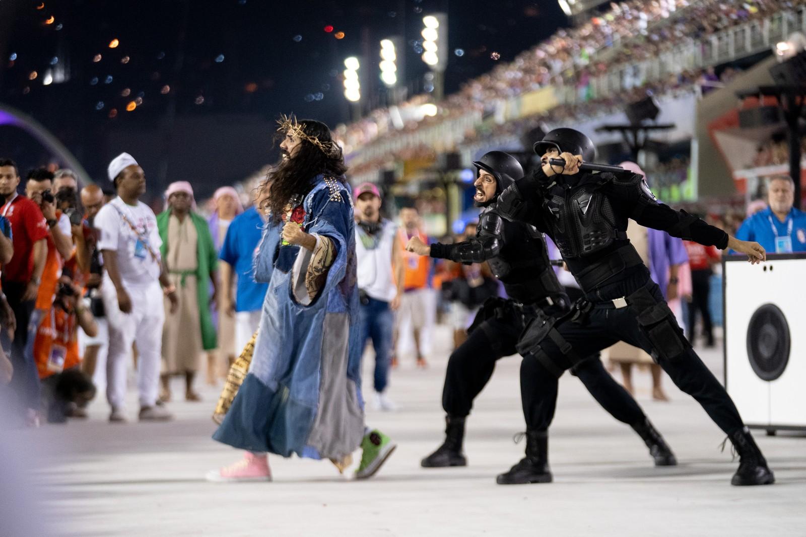 Carnaval de Río sube el tono a la protesta política, social y religiosa