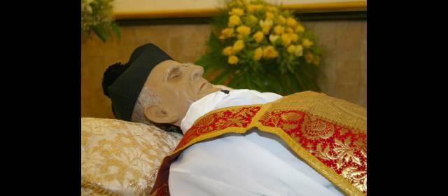 Resultado de imagen para Fotos del Padre Marianito
