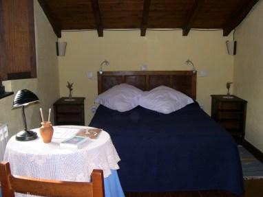 Cotagge-El-Correntiu-bedroom