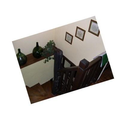 Cotagge-El-Correntiu-staircase1