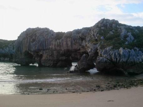 playa-cuevas-del-mar