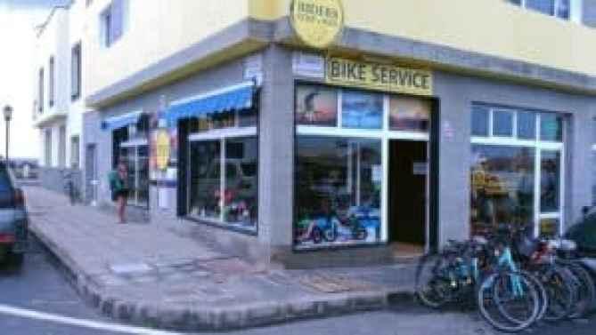 Shops in El Cotillo