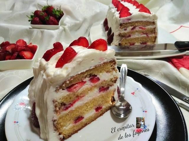 tarta de fresas y nata