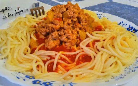 espaguetis con pisto