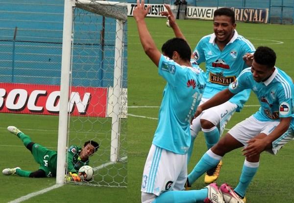 El tercer gol definitivo (Prensa Sporting Cristal)