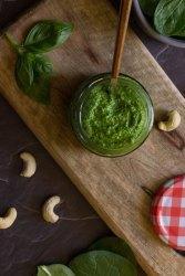 Pesto de espinacas y anacardos
